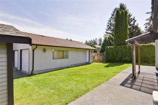 Photo 17: 6182 132 Street in Surrey: Panorama Ridge House for sale : MLS®# R2252966