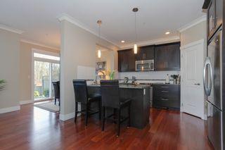 Photo 5: 15 11384 Burnett Street in MAPLE CREEK LIVING: Home for sale : MLS®# R2144708