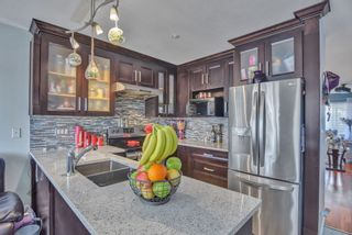 """Photo 10: 72 6533 121 Street in Surrey: West Newton Townhouse for sale in """"Stonebriar"""" : MLS®# R2569216"""
