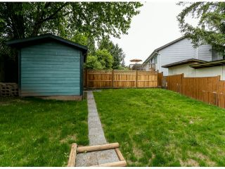 Photo 5: 8043 139A Street in Surrey: East Newton House for sale : MLS®# F1414263