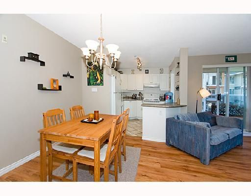 "Photo 22: Photos: 308 2485 ATKINS Avenue in Port_Coquitlam: Central Pt Coquitlam Condo for sale in ""THE ESPLANADE"" (Port Coquitlam)  : MLS®# V663297"
