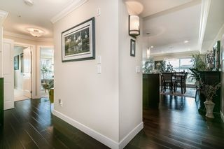 """Photo 4: 320 17769 57 Avenue in Surrey: Cloverdale BC Condo for sale in """"CLOVER DOWNS ESTATES"""" (Cloverdale)  : MLS®# R2604381"""