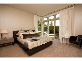 """Photo 6: # 103 2575 GARDEN CT in West Vancouver: Whitby Estates Townhouse for sale in """"AERIE 11"""" : MLS®# V1011354"""