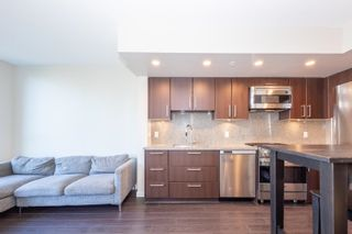 """Photo 7: 557 108 W 1ST Avenue in Vancouver: False Creek Condo for sale in """"WALL CENTRE"""" (Vancouver West)  : MLS®# R2614922"""