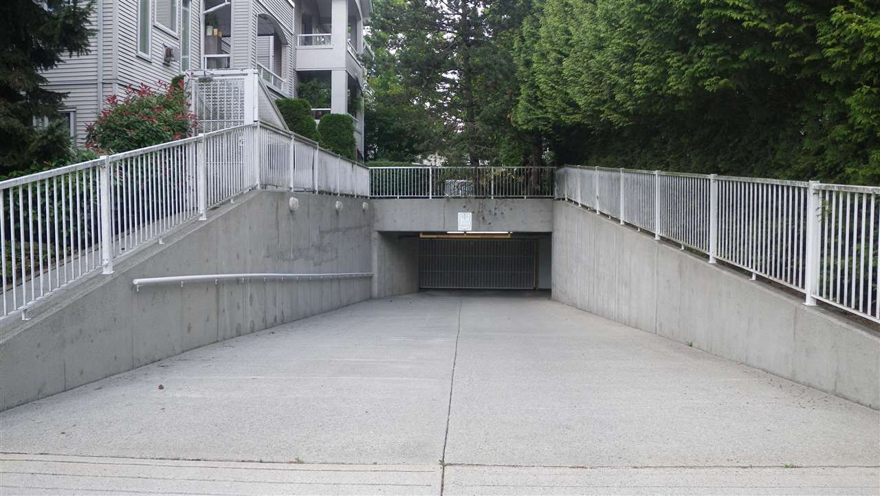 """Photo 14: Photos: 201 7188 ROYAL OAK Avenue in Burnaby: Metrotown Condo for sale in """"VICTORY COURT"""" (Burnaby South)  : MLS®# R2092649"""