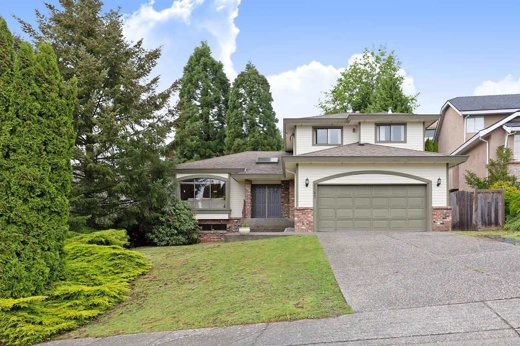 """Main Photo: 2567 FUCHSIA Place in Coquitlam: Summitt View House for sale in """"Summit View"""" : MLS®# R2456213"""