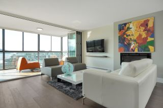 """Photo 1: 602 475 13TH Street in West Vancouver: Ambleside Condo for sale in """"Le Marquis"""" : MLS®# R2557858"""