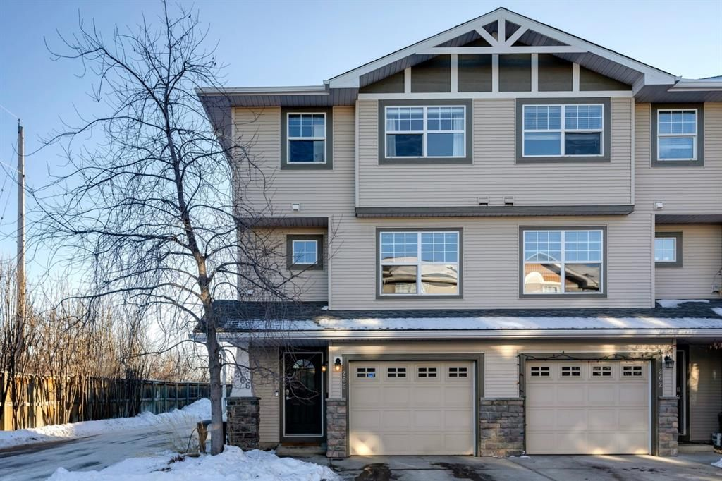 Main Photo: 266 Inglewood Grove SE in Calgary: Inglewood Row/Townhouse for sale : MLS®# A1058368