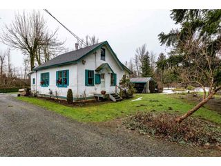 Photo 1: 28741 58 Avenue in Abbotsford: Bradner House for sale : MLS®# R2431337