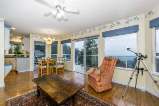 """Photo 10: 2668 GOODBRAND Drive in Abbotsford: Abbotsford East House for sale in """"Sumas Mt"""" : MLS®# R2228805"""
