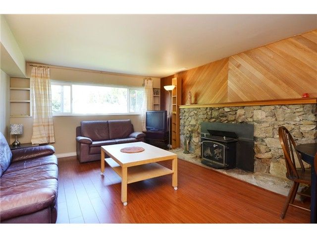 Photo 10: Photos: 49 MOUNT ROYAL Drive in Port Moody: College Park PM House for sale : MLS®# V1116562