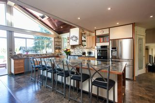 """Photo 10: 23737 46B Avenue in Langley: Salmon River House for sale in """"Strawberry Hills"""" : MLS®# R2048347"""