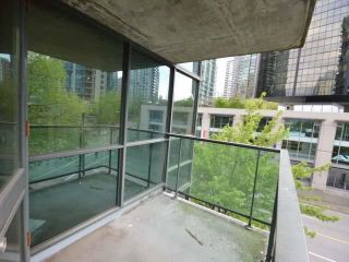 "Photo 15: 305 588 BROUGHTON Street in Vancouver: Coal Harbour Condo for sale in ""Harbourside Park Tower I"" (Vancouver West)  : MLS®# R2575984"