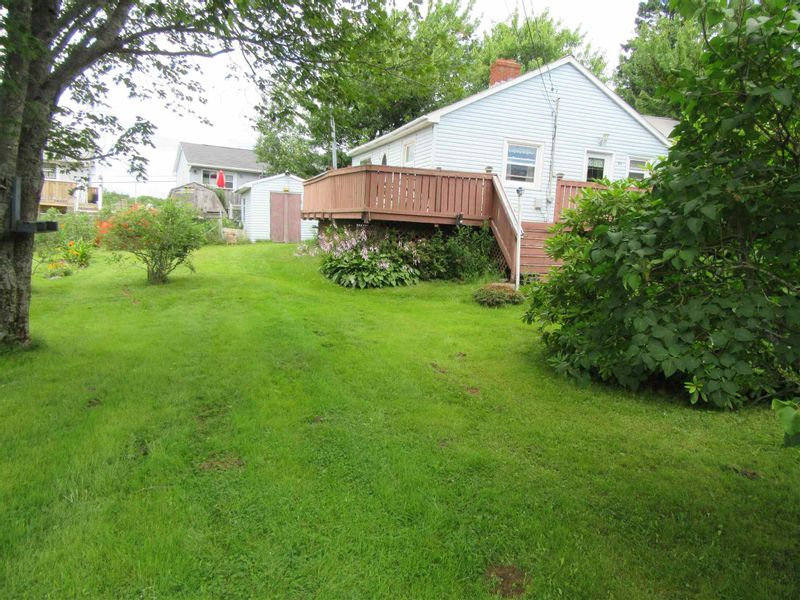 FEATURED LISTING: 32 Continental Lane Eastern Passage