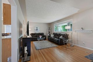 Photo 13: 2716 41 Street SW in Calgary: Glendale Detached for sale : MLS®# A1129410