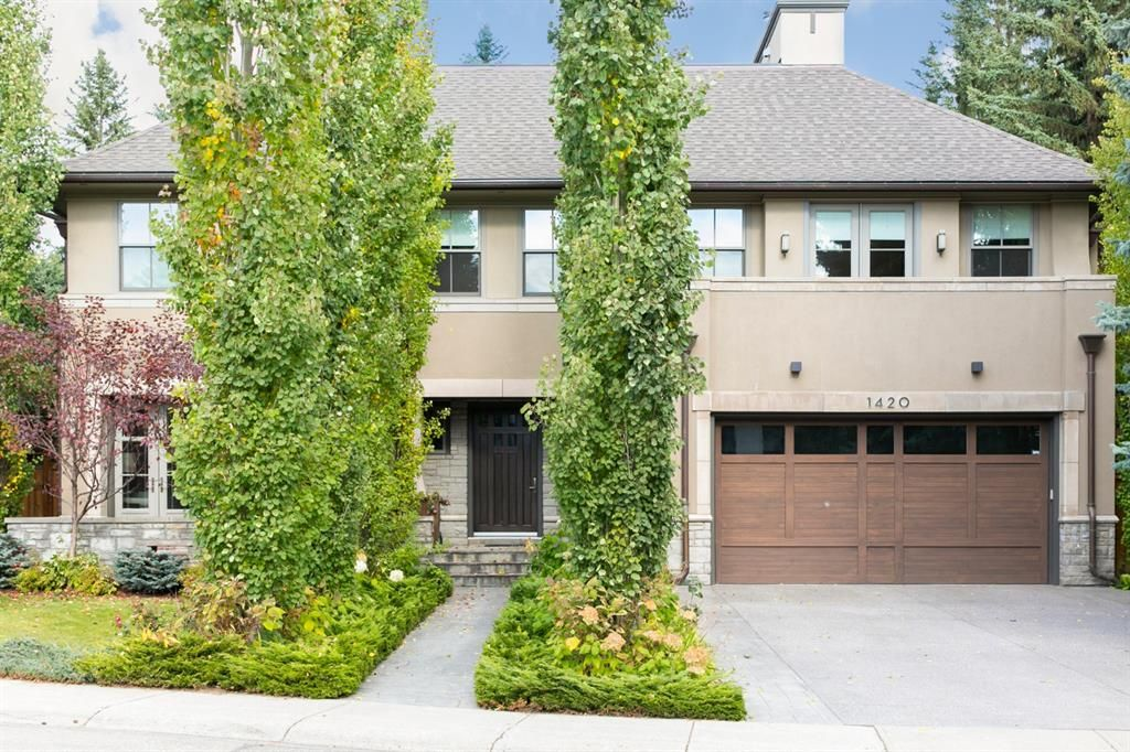Photo 1: Photos: 1420 Beverley Place SW in Calgary: Bel-Aire Detached for sale : MLS®# A1060007