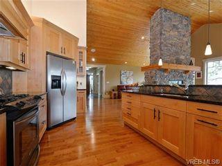 Photo 10: 1290 Eston Pl in VICTORIA: La Bear Mountain House for sale (Langford)  : MLS®# 732009