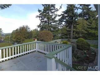 Photo 16: 2882 Wyndeatt Ave in VICTORIA: SW Gorge House for sale (Saanich West)  : MLS®# 516813