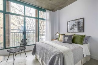 """Photo 6: 209 22 E CORDOVA Street in Vancouver: Downtown VE Condo for sale in """"Van Horne"""" (Vancouver East)  : MLS®# R2252419"""