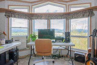 Photo 10: 30 1885 Tappen Notch Hill: Tappen Manufactured Home for sale (shuswap)  : MLS®# 10190924