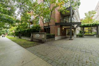 """Photo 19: 409 2181 W 12TH Avenue in Vancouver: Kitsilano Condo for sale in """"THE CARLINGS"""" (Vancouver West)  : MLS®# R2109924"""