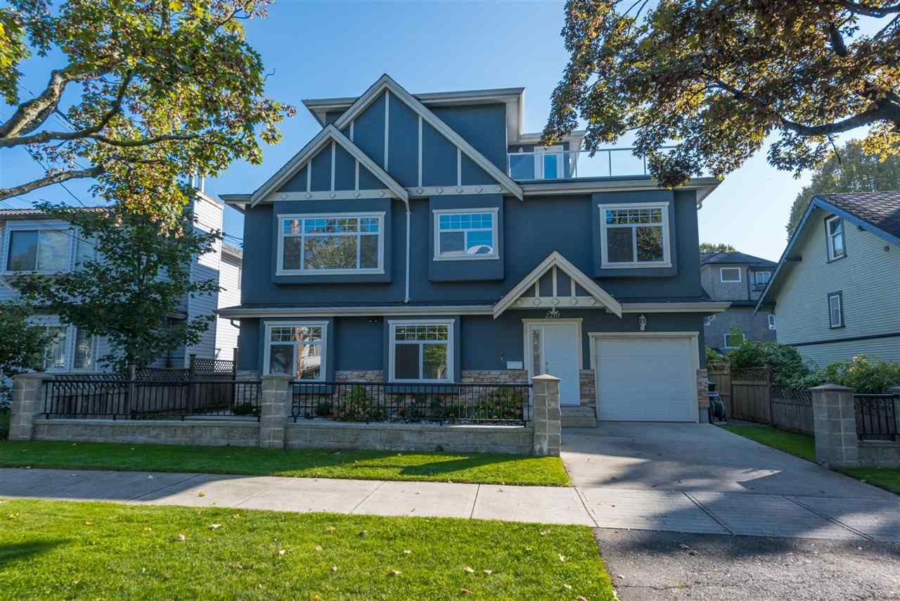 Main Photo: 2210 E PENDER Street in Vancouver: Hastings House for sale (Vancouver East)  : MLS®# R2388091
