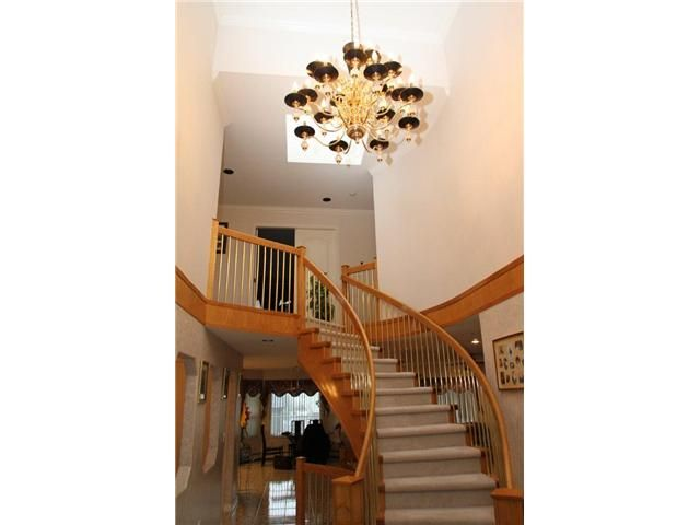 """Photo 3: Photos: 8557 11TH Avenue in Burnaby: The Crest House for sale in """"CARIBOO-CUMBERLAND"""" (Burnaby East)  : MLS®# V885657"""