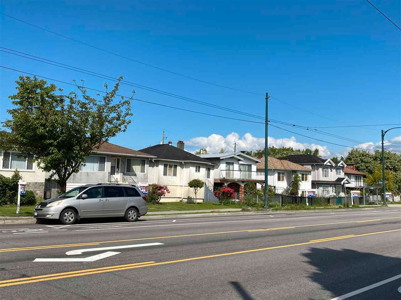 Photo 2: Photos: 2388 ADANAC Street in Vancouver: Hastings House for sale (Vancouver East)  : MLS®# R2574174
