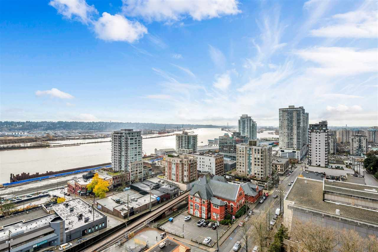 """Main Photo: 1703 610 VICTORIA Street in New Westminster: Downtown NW Condo for sale in """"THE POINT"""" : MLS®# R2431957"""