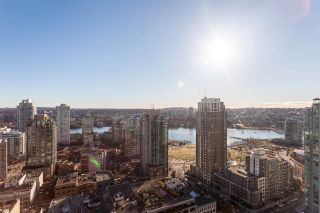 """Photo 17: 2401 1238 RICHARDS Street in Vancouver: Yaletown Condo for sale in """"METROPOLIS"""" (Vancouver West)  : MLS®# R2249261"""