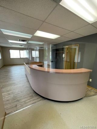Photo 2: 1405 Spruce St in : CR Campbellton Office for sale (Campbell River)  : MLS®# 875904