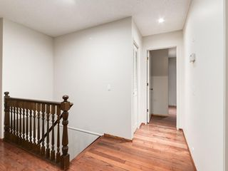 Photo 32: 587 WOODPARK Crescent SW in Calgary: Woodlands Detached for sale : MLS®# C4243103