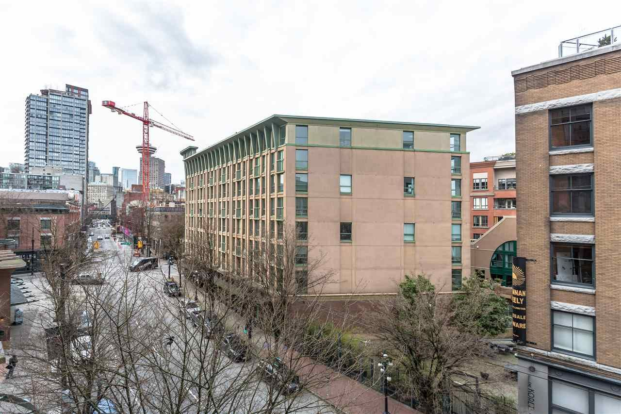 """Photo 14: Photos: 411 22 E CORDOVA Street in Vancouver: Downtown VE Condo for sale in """"Van Horne"""" (Vancouver East)  : MLS®# R2547163"""