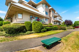 """Photo 22: 106 7685 AMBER Drive in Sardis: Sardis West Vedder Rd Condo for sale in """"The Sapphire"""" : MLS®# R2601700"""