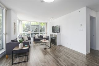"""Photo 2: 502 2225 HOLDOM Avenue in Burnaby: Central BN Condo for sale in """"Legacy Towers"""" (Burnaby North)  : MLS®# R2471558"""