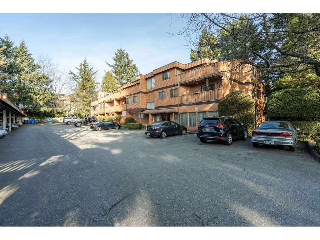 "Photo 1: Photos: 205 7155 134 Street in Surrey: West Newton Condo for sale in ""EAGLE GLEN"" : MLS®# R2446715"