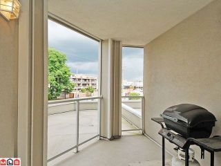"""Photo 10: 205 20120 56 Avenue in Langley: Langley City Condo for sale in """"Blackberry Lane"""" : MLS®# F1120563"""
