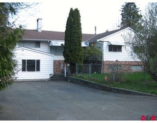 Photo 1: 11303 LANSDOWNE Drive in Surrey: Bolivar Heights House for sale (North Surrey)  : MLS®# F2908003
