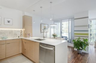 """Photo 6: 806 1438 RICHARDS Street in Vancouver: Yaletown Condo for sale in """"AZURA 1"""" (Vancouver West)  : MLS®# R2541755"""