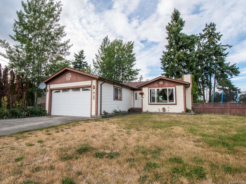 FEATURED LISTING: 701 Nanoose Ave PARKSVILLE