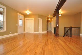 Photo 5: 4 Woodside Crescent in Garson: Single Family Detached for sale : MLS®# 1204359