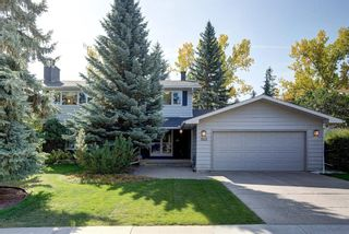 Main Photo: 1831 BAY SHORE Road SW in Calgary: Bayview Detached for sale : MLS®# A1036166