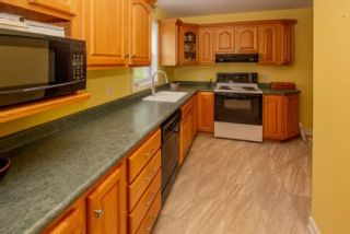 Photo 8: 247 Northwest Road in Lilydale: 405-Lunenburg County Residential for sale (South Shore)  : MLS®# 202113441