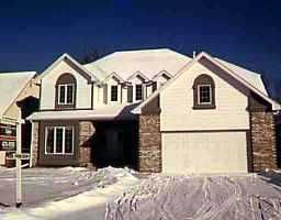 Main Photo: 134 NEWCOMBE Crescent in WINNIPEG: Windsor Park / Southdale / Island Lakes Single Family Detached for sale (South East Winnipeg)  : MLS®# 9820270