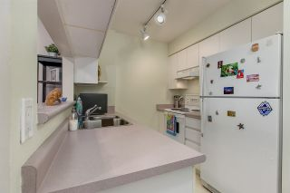 """Photo 6: 707 3489 ASCOT Place in Vancouver: Collingwood VE Condo for sale in """"Regent Court"""" (Vancouver East)  : MLS®# R2441538"""
