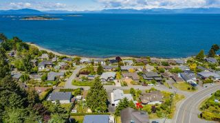 Photo 2: 7196 Lancrest Terr in : Na Lower Lantzville House for sale (Nanaimo)  : MLS®# 876580