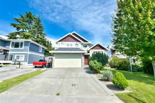 Photo 1: 1398 129B Street in Surrey: Crescent Bch Ocean Pk. House for sale (South Surrey White Rock)  : MLS®# R2133979