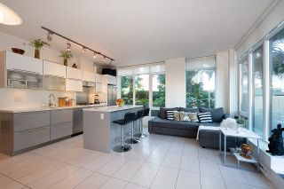 """Photo 5: 604 1252 HORNBY Street in Vancouver: Downtown VW Condo for sale in """"PURE"""" (Vancouver West)  : MLS®# R2552588"""
