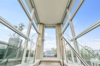 """Photo 16: 1401 1661 ONTARIO Street in Vancouver: False Creek Condo for sale in """"Millennium Water"""" (Vancouver West)  : MLS®# R2521704"""