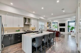Photo 2: 1336 19 Avenue NW in Calgary: Capitol Hill Semi Detached for sale : MLS®# A1137107